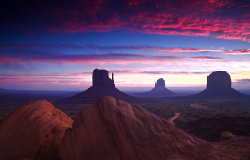 monument_valley_sunrise.jpg